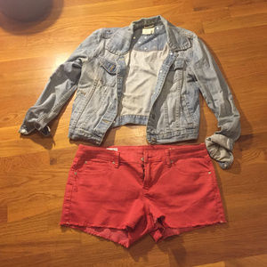 GAP RED DEMIN SHORTS